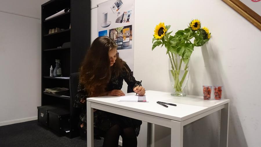 https://www.gmi-designschool.nl/wp-content/uploads/2016/09/Gmi-designschool-Amsterdam-webdesigner-01.jpg